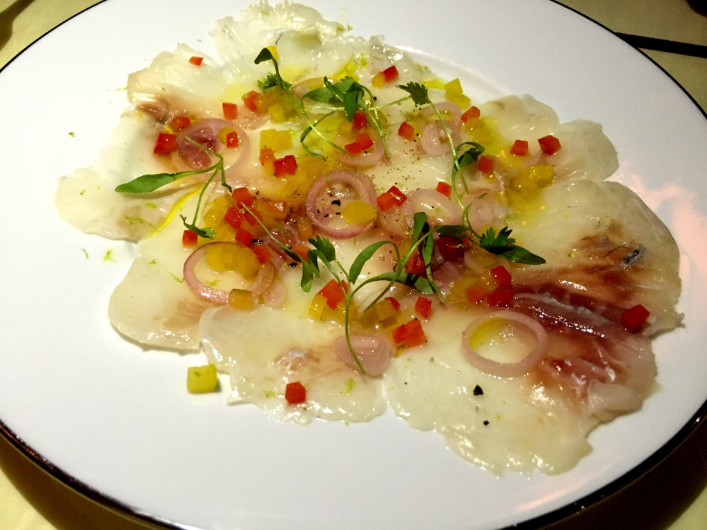 Sea bream carpaccio at casa Cruz