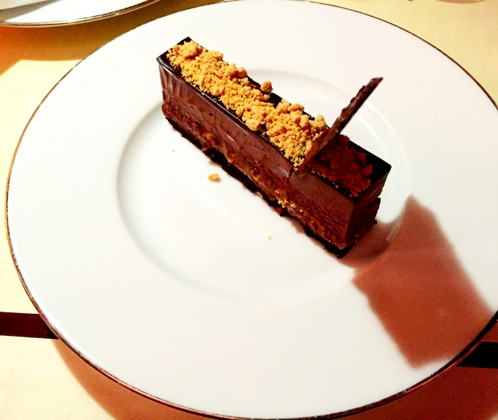 Chocolate gateau with dulce de leche at casa Cruz