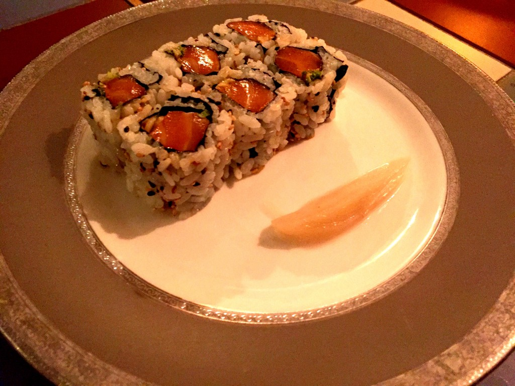 Spicy salmon roll at Yashin Ocean House